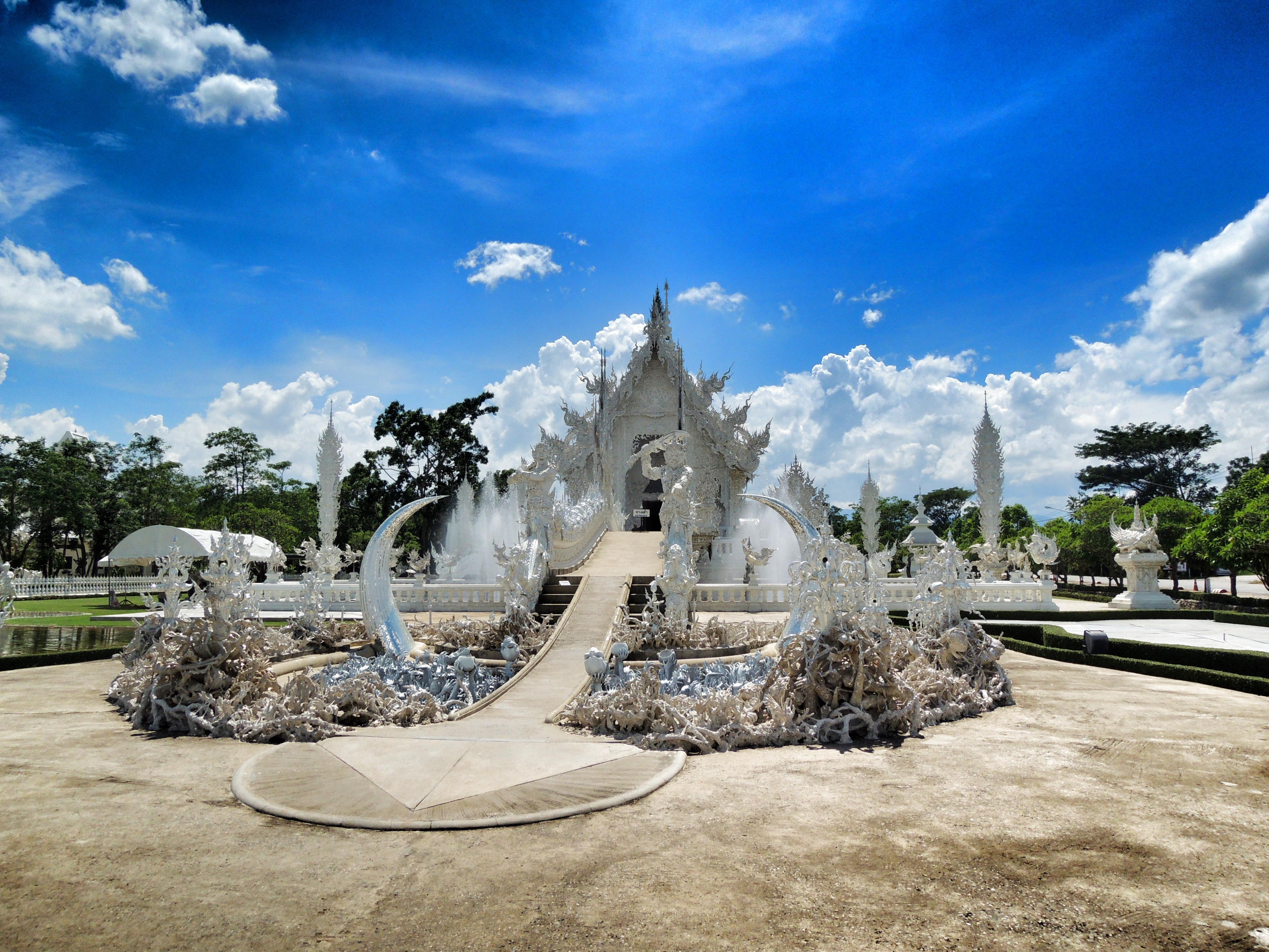 Wat Rong Khun - Thailand 2013
