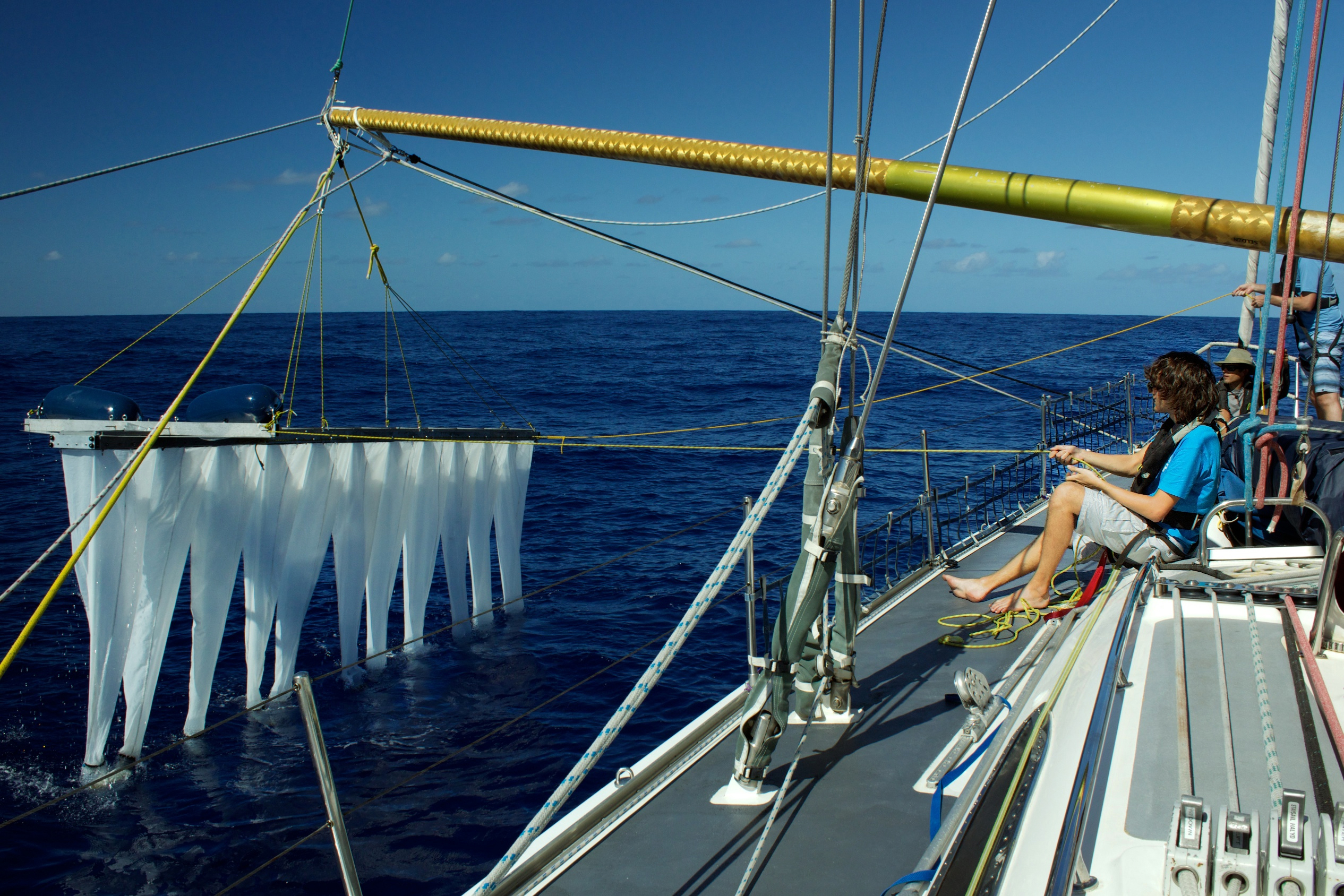 (c) ocean cleanup